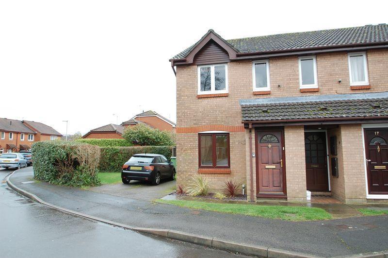 1 Bedroom Ground Flat for sale in Kings Road, Petersfield