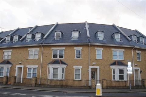 1 bedroom apartment to rent - VIDEO TOUR AVAILABLE - Park Road, Westcliff-On-Sea