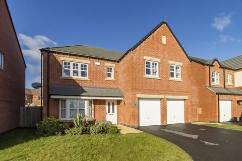 5 bedroom detached house for sale - Richardson Way, Derby