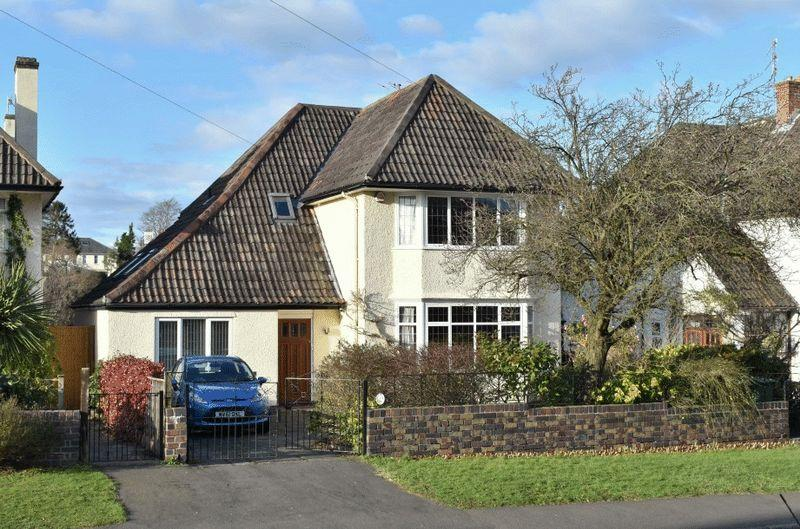 4 Bedrooms Detached House for sale in Old Sneed Avenue, Stoke Bishop