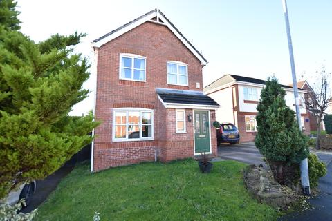 3 bedroom detached house for sale - Forest Walk, Buckley