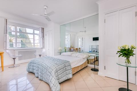 Studio for sale - Nell Gwynn House, Sloane Avenue, Chelsea SW3