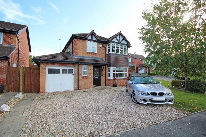 4 Bedrooms Detached House for sale in Rhuddlan Road, Acrefair