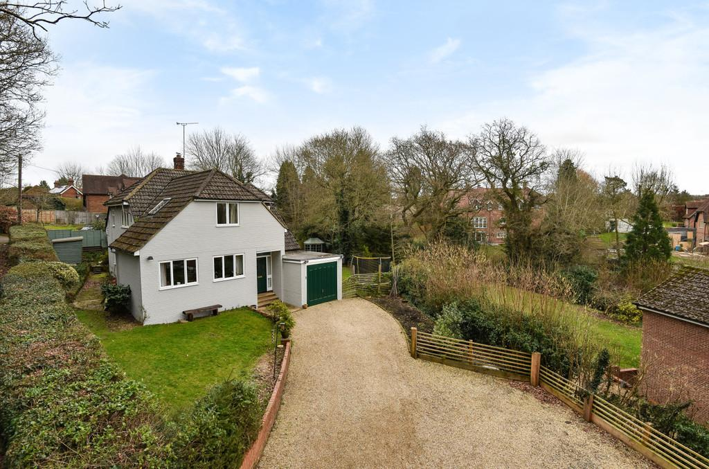 4 Bedrooms Detached House for sale in Boundary Road, Rowledge