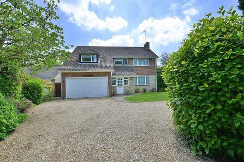 4 bedroom detached house to rent - Woodlinken Drive, Verwood