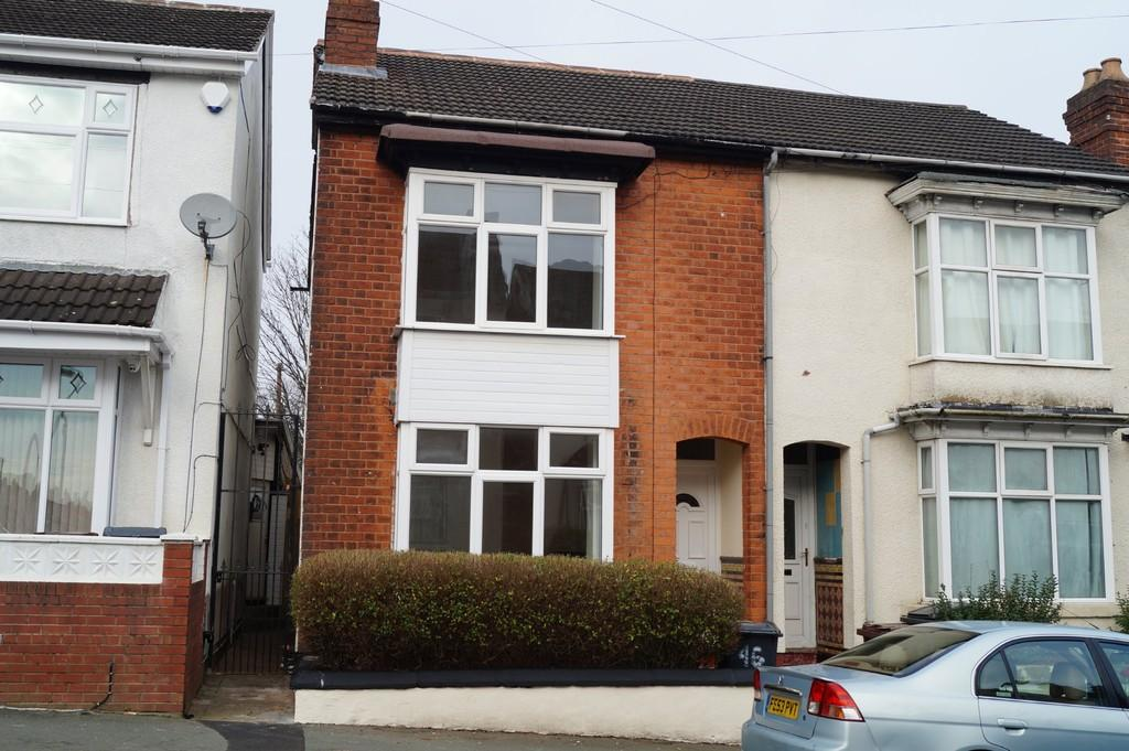 3 Bedrooms Terraced House for sale in Rayleigh Road, Pennfields