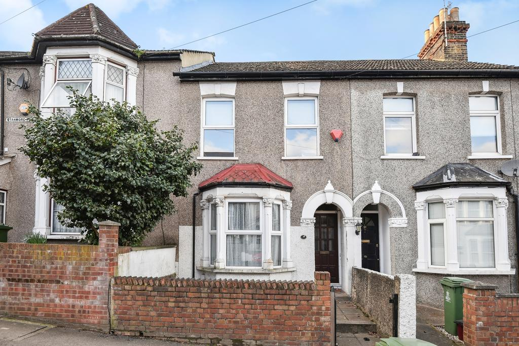 3 Bedrooms Semi Detached House for sale in Stanmore Road Belvedere DA17