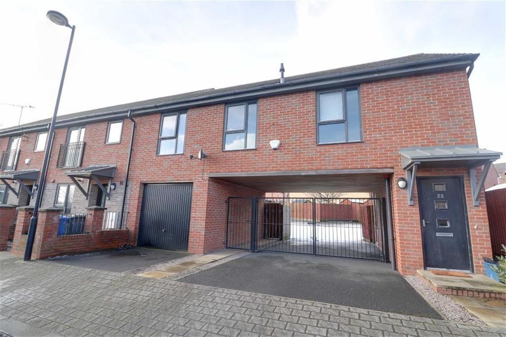 2 Bedrooms Maisonette Flat for sale in Rosedawn Close West, Hanley, Stoke-on-Trent