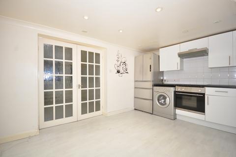 Studio to rent - Brunswick Street East Maidstone ME15