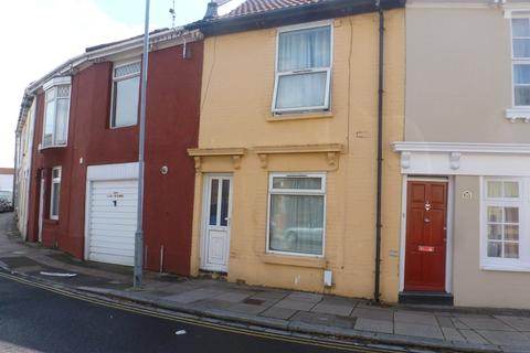 2 bedroom semi-detached house to rent - St Vincent Road Southsea PO5