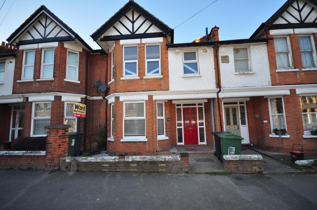 3 Bedrooms Terraced House for rent in King Edward Road Maidstone ME15