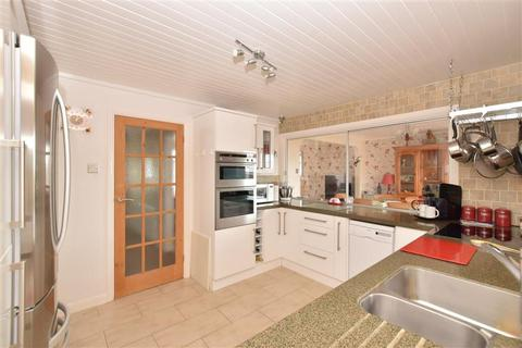 3 bedroom semi-detached house for sale - Shenfield Way, Brighton, East Sussex