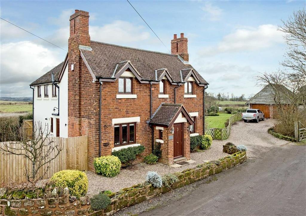 4 Bedrooms Detached House for sale in Little Moor Cottage, Little Moor, Pattingham, Wolverhampton, South Staffordshire, WV6