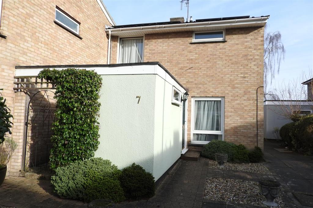 3 Bedrooms End Of Terrace House for sale in Pan Walk, Chelmsford