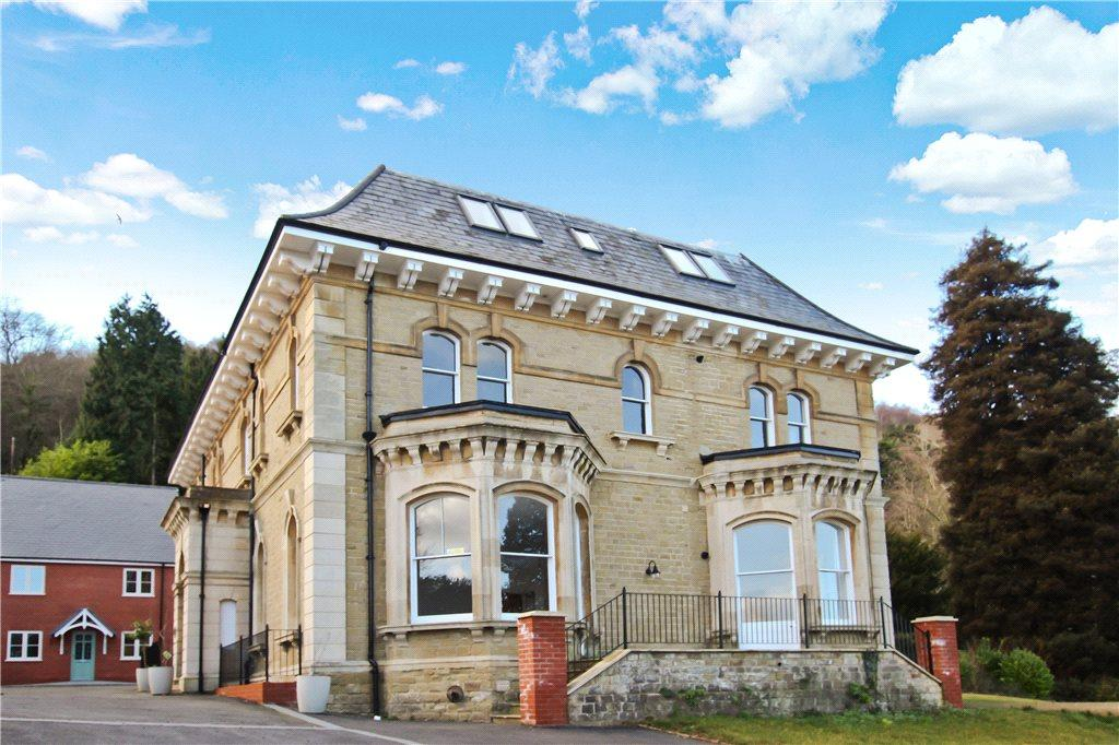 2 Bedrooms Apartment Flat for sale in Bellemere Gardens, Malvern, Worcestershire, WR14