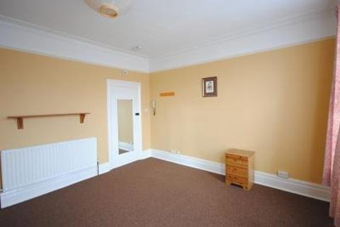 Studio to rent - Muirkirk Road SE6