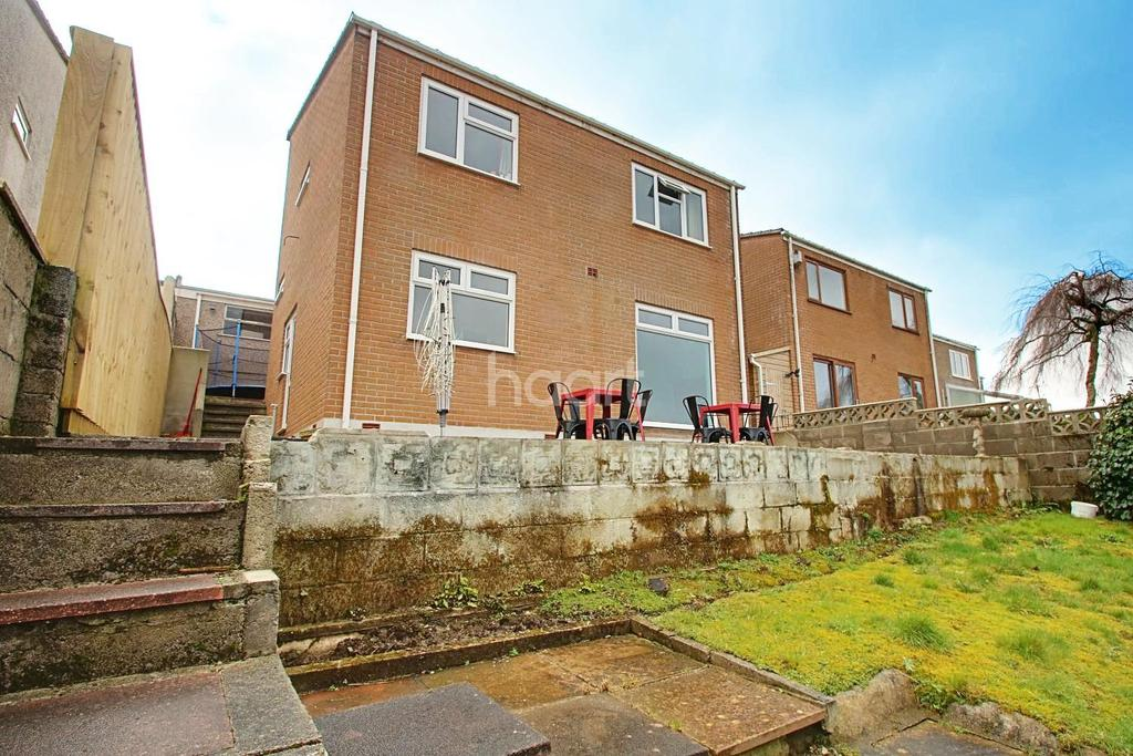 4 Bedrooms Detached House for sale in Dunraven Drive, Derriford