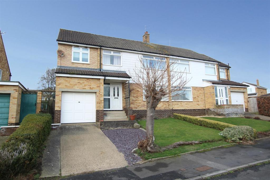 4 Bedrooms Semi Detached House for sale in Westwood Avenue, Heighington Village