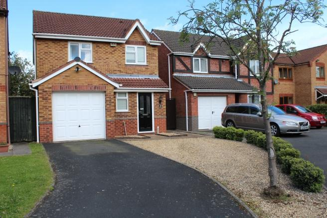 3 Bedrooms Detached House for sale in 15 Musk Rose Close, Muxton, Telford, Shropshire, TF2 8RW