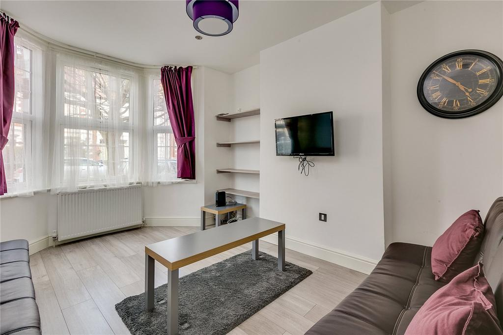 1 Bedroom Flat for sale in Whellock Road, Chiswick, London
