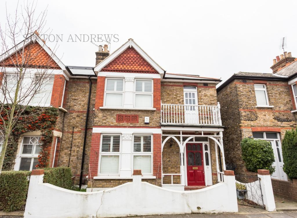 5 Bedrooms House for sale in Kingsley Avenue, Ealing, W13