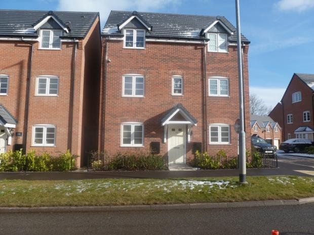 4 Bedrooms Detached House for sale in Armitage Road Cannock Chase