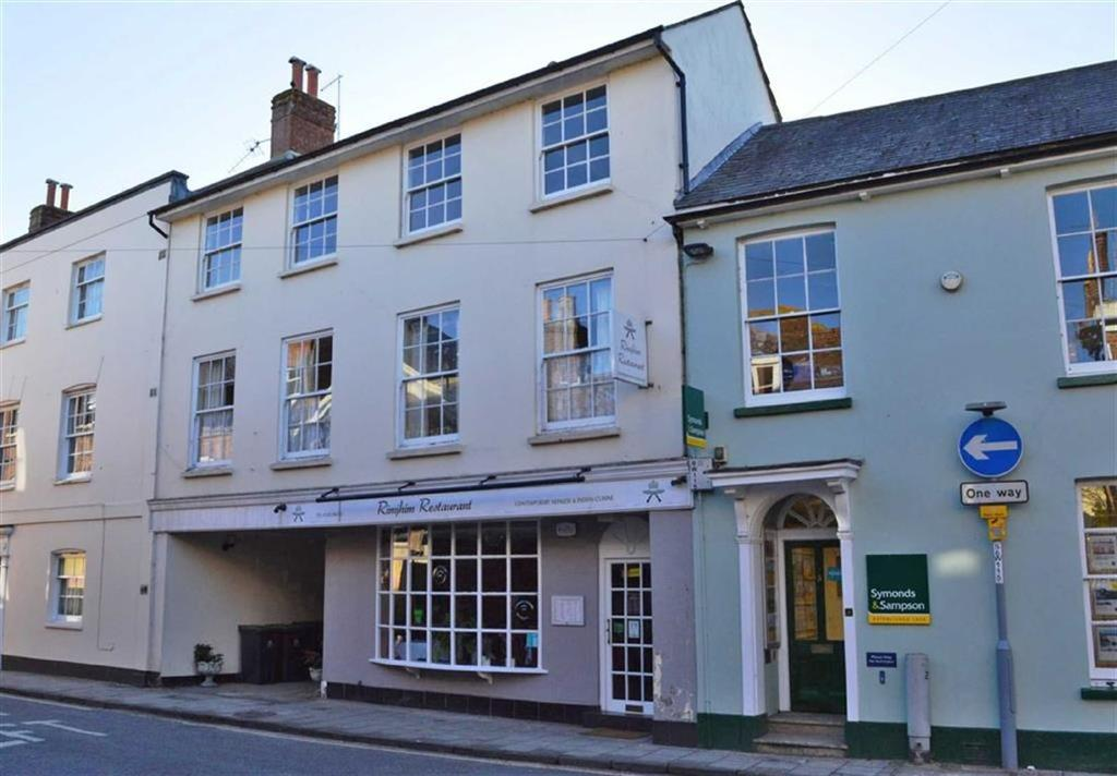 1 Bedroom Flat for sale in West Street, Wimborne, Dorset