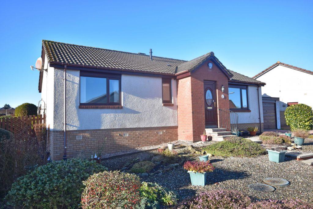 3 Bedrooms Detached House for sale in 1 Nasmyth Place, Kelty, KY4 0BJ