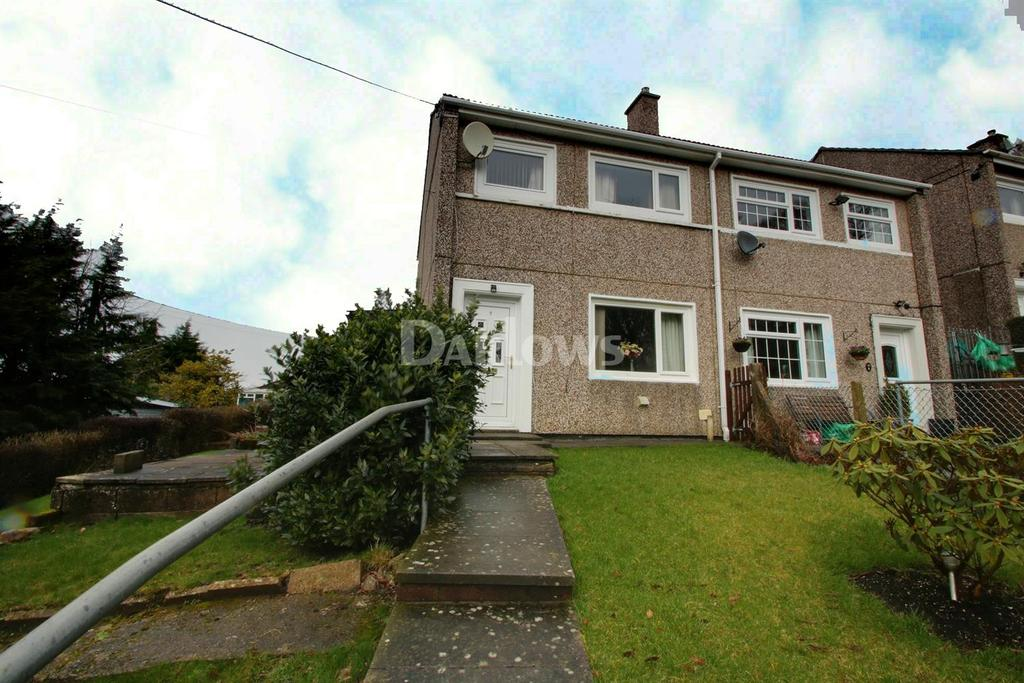 3 Bedrooms Semi Detached House for sale in Park View, Blaina, Blaenau Gwent