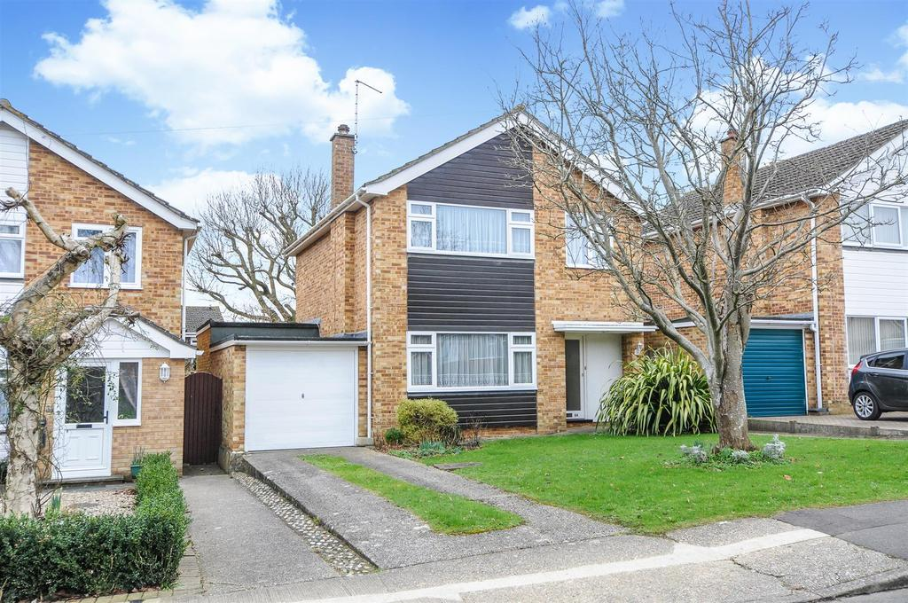 3 Bedrooms Detached House for sale in Norwich Road, Chichester