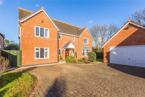 5 bedroom detached house for sale - Millwood Gardens, Longthorpe, Peterborough, PE3