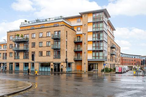 2 bedroom flat to rent - The Levels, 150 Hills Road, Cambridge, CB2