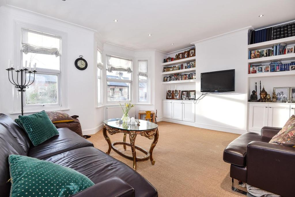 2 Bedrooms Flat for sale in Hamilton Road, Wimbledon