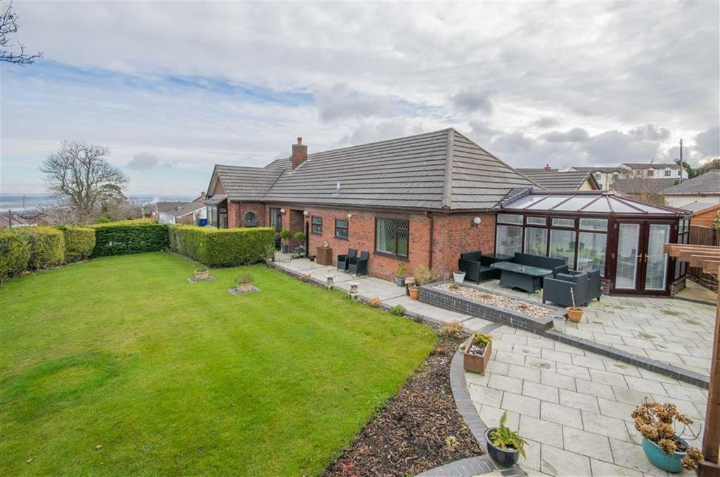 4 Bedrooms Detached Bungalow for sale in Bryn Felin, Pentre Halkyn, Holywell