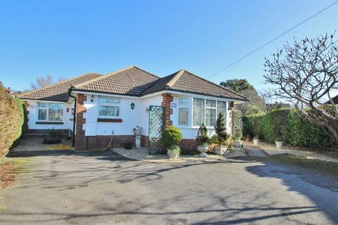 4 bedroom detached bungalow for sale - Branksea Close, Hamworthy, POOLE, Dorset