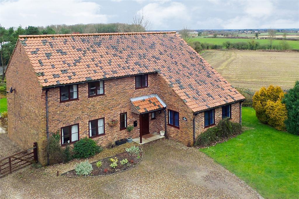 5 Bedrooms Detached House for sale in Yapham, Pocklington, York