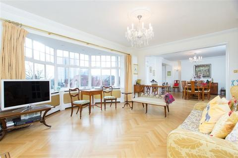 4 bedroom flat to rent - Eton Avenue, Swiss Cottage, NW3
