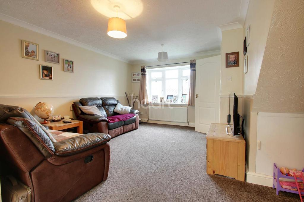 3 Bedrooms Semi Detached House for sale in Murrain Drive, Downswood, Maidstone, Kent, ME15