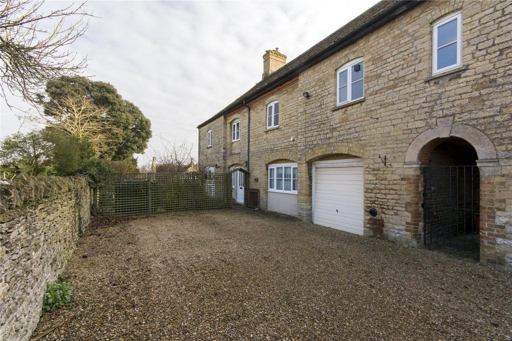 4 Bedrooms Semi Detached House for sale in Priory Court, West Street, Easton On The Hill