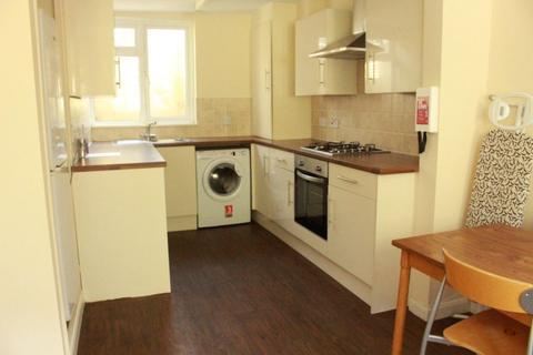 5 bedroom terraced house to rent - Edinburgh Road, BRIGHTON BN2