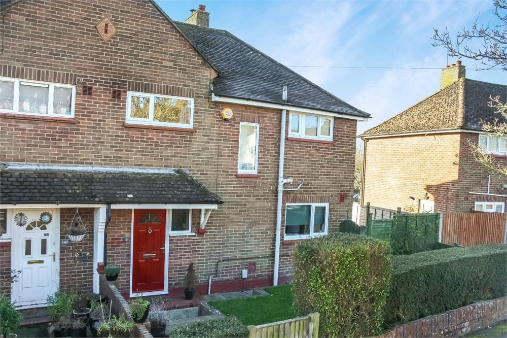 3 Bedrooms Detached House for sale in Morland Road, ALDERSHOT, Hampshire