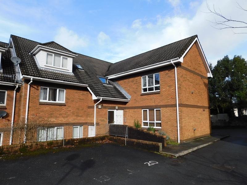 1 Bedroom Flat for sale in Highbury Court, Cimla, Neath, West Glamorgan.
