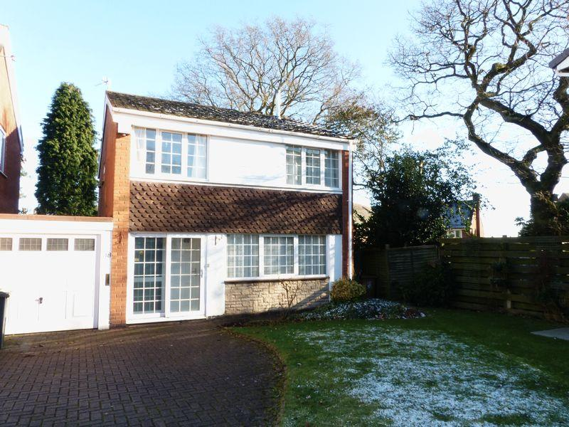 4 Bedrooms Detached House for sale in Kingscroft Road, Streetly