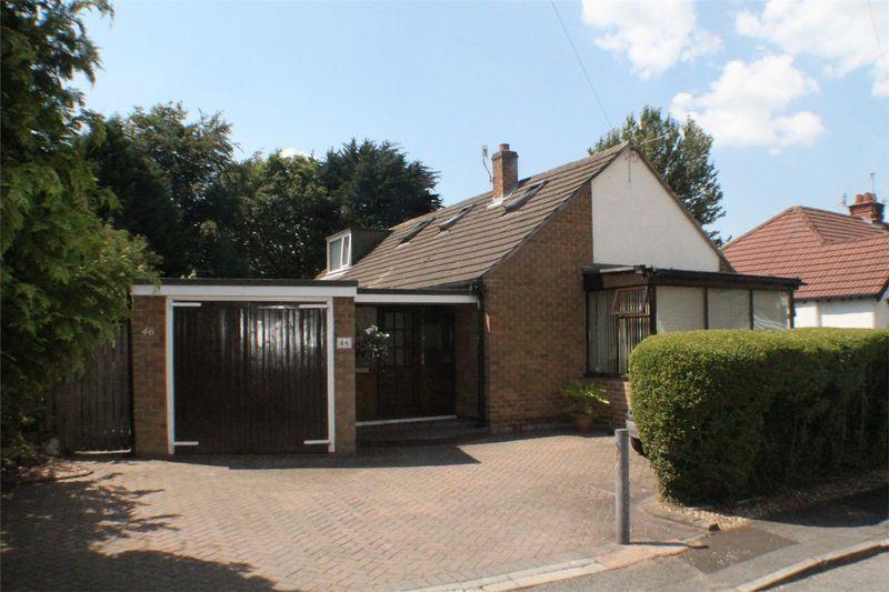 3 Bedrooms Detached Bungalow for sale in Heathfield Road, Bebington