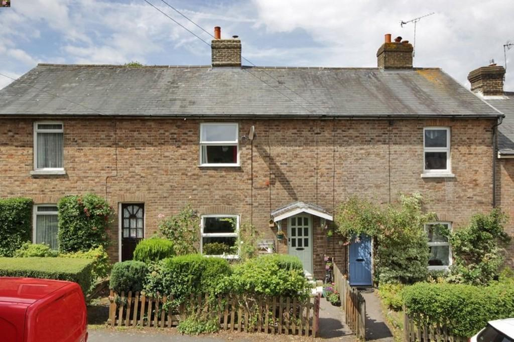 4 Bedrooms Terraced House for sale in London Road, Crowborough