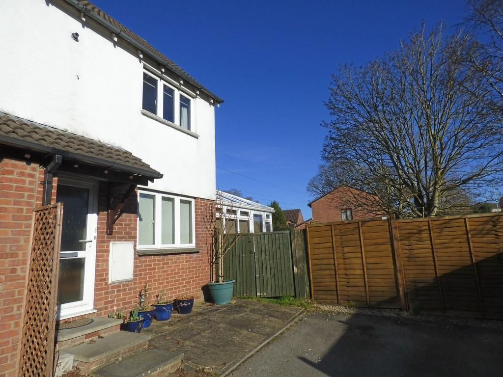 1 Bedroom Terraced House for sale in Larch Close, Creekmoor