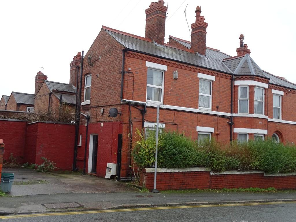4 Bedrooms End Of Terrace House for sale in Walpole Street, Chester