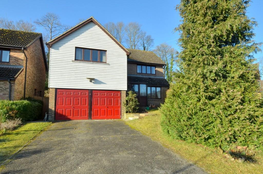 4 Bedrooms Detached House for sale in Hope Crescent, Melton, IP12 1SJ