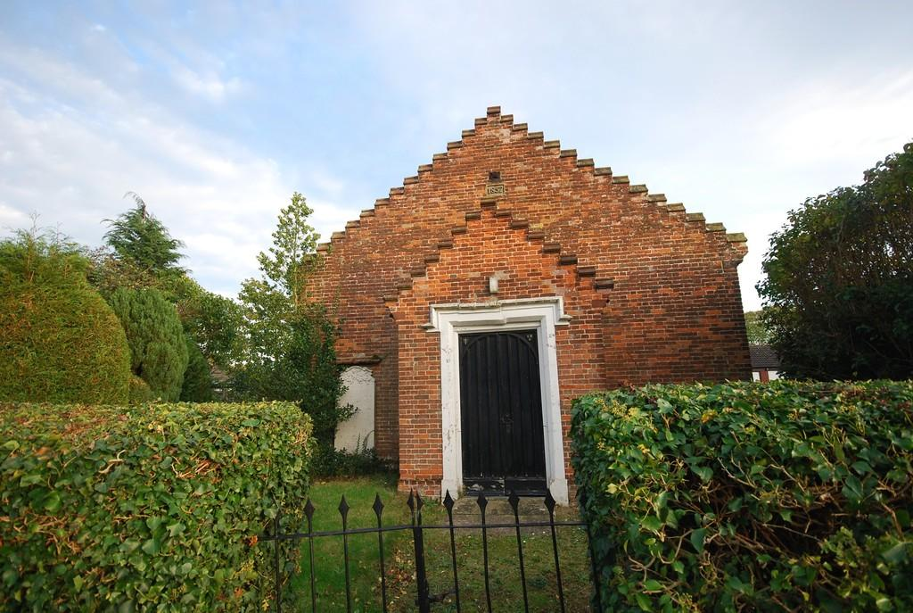 4 Bedrooms Detached House for sale in Mattishall, Norfolk