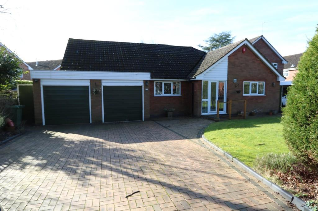 3 Bedrooms Detached Bungalow for sale in Widney Road, Knowle